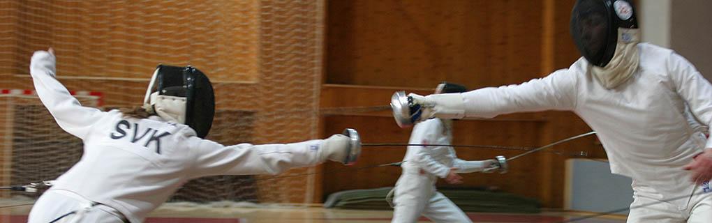Šermuje sa kordom a v súťaži sa stretne každý s každým na jeden zásah. Maximálna dĺžka jedného zápasu je jedna minúta.